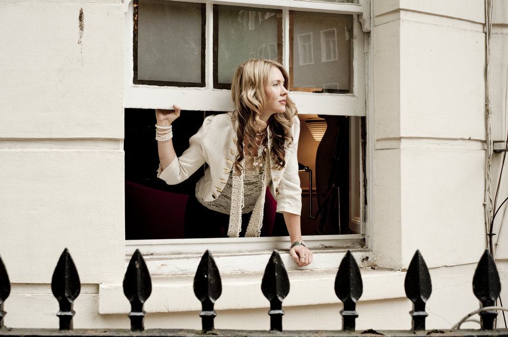12. Beatie Wolfe - Montagu Sq Window - photo by Stu Nicholls.jpg