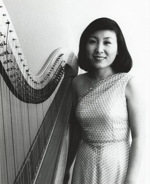 韓国ナショナル・シンフォニー・オーケストラと共演するヘイヨン