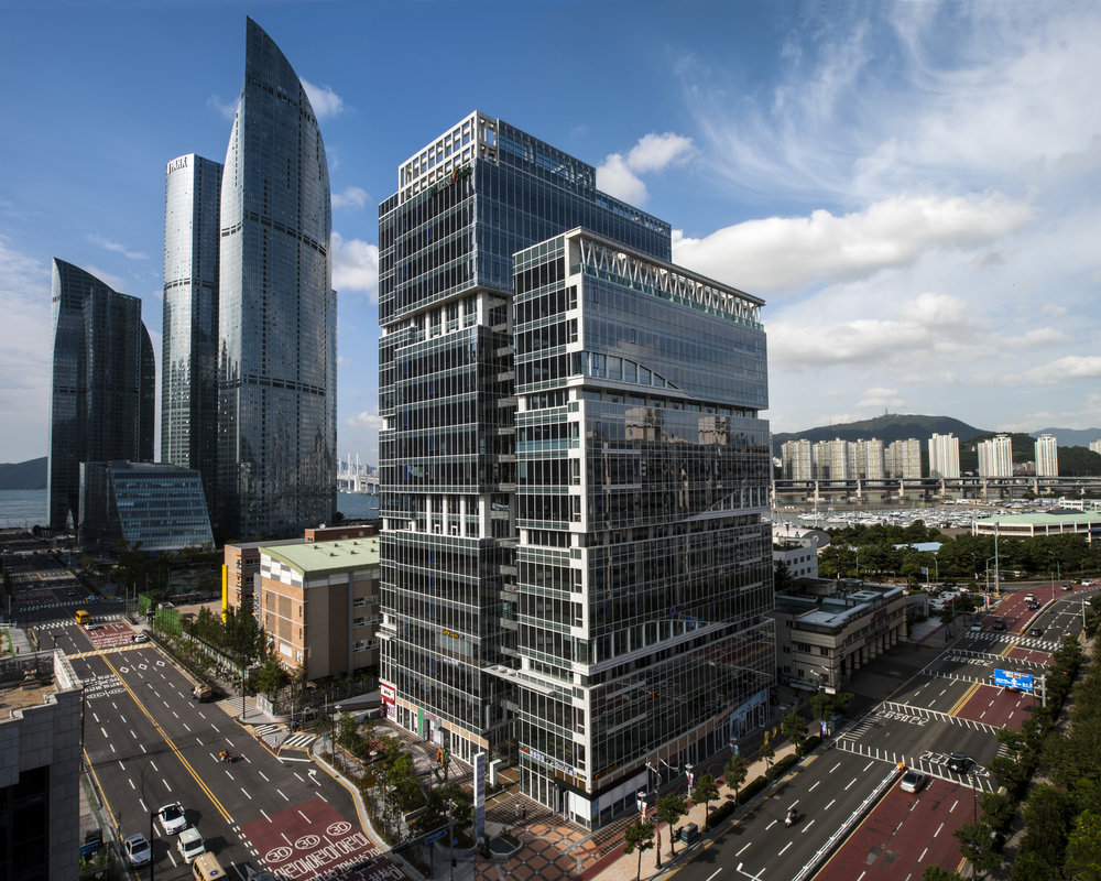부산시 해운대구 마린시티 2로 2 마린파크 17층 1703호 ⎜ 1703 Marine Park, Marine City 2-Ro 2, Haeundae-Gu, Busan