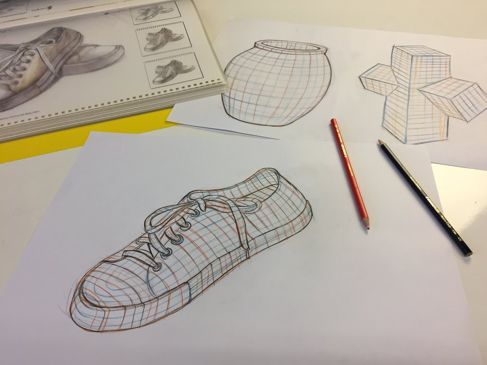 Intersecting contour line drawing of objects