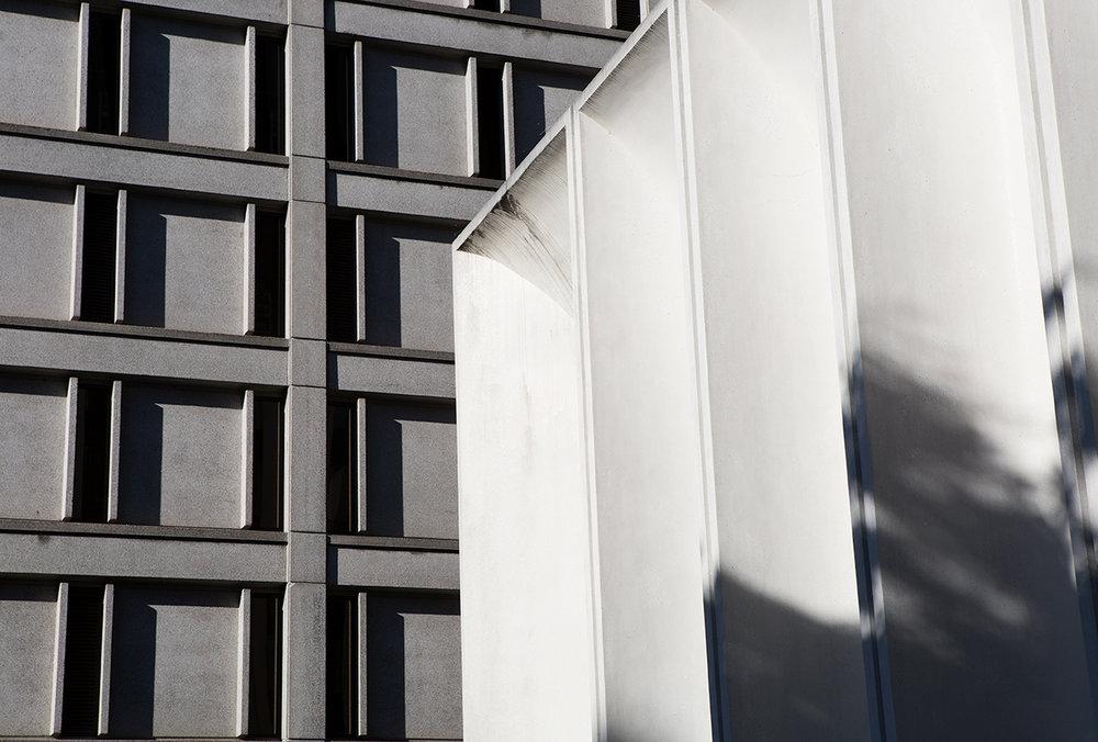 monlolith_building_detail_downtown_portland_web_portfolio.jpg