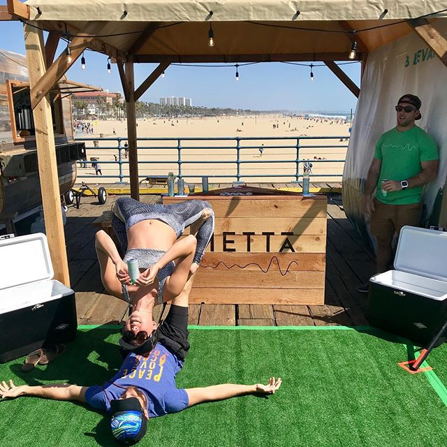 This picture is from #santamonica #108 a few weeks ago 🌊 and it reminded me how much the guys at @drinkmetta fueled multiple of our #wanderlust108 adventures with their delicious energy drink! It was the perfect #pickmeup when we started getting tired 🚨 ✨ ✨ Ione wearing @whiskinibikinis ✨ ✨ #whiskinibikinis #yogapants #yoga #acroyoga #acro #energy #energydrink #yogaeveryday #adidas #adidaswanderlust #wanderlustadventures #adidaswomen #santamonicapier #santamonicabeach #la #waterfall #pouritonme #yogadaily #coolers #strength