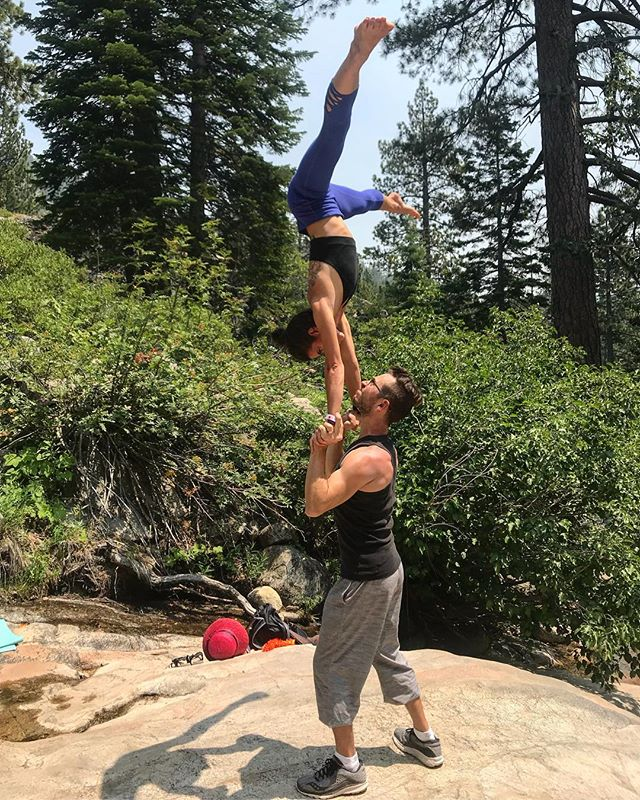 Train. Play. Rinse. Repeat. ✨ ✨ Photoshoot with @chriseckertphoto for Wanderlust - basing the talented @chelleslacks ✨ ✨ #wanderlust #acroyoga #handtohand #acro #standingacro #acrobatics #wanderlustsquawvalley #handstand #inversion #inversiontraining #inverteveryday #handstandtherapy