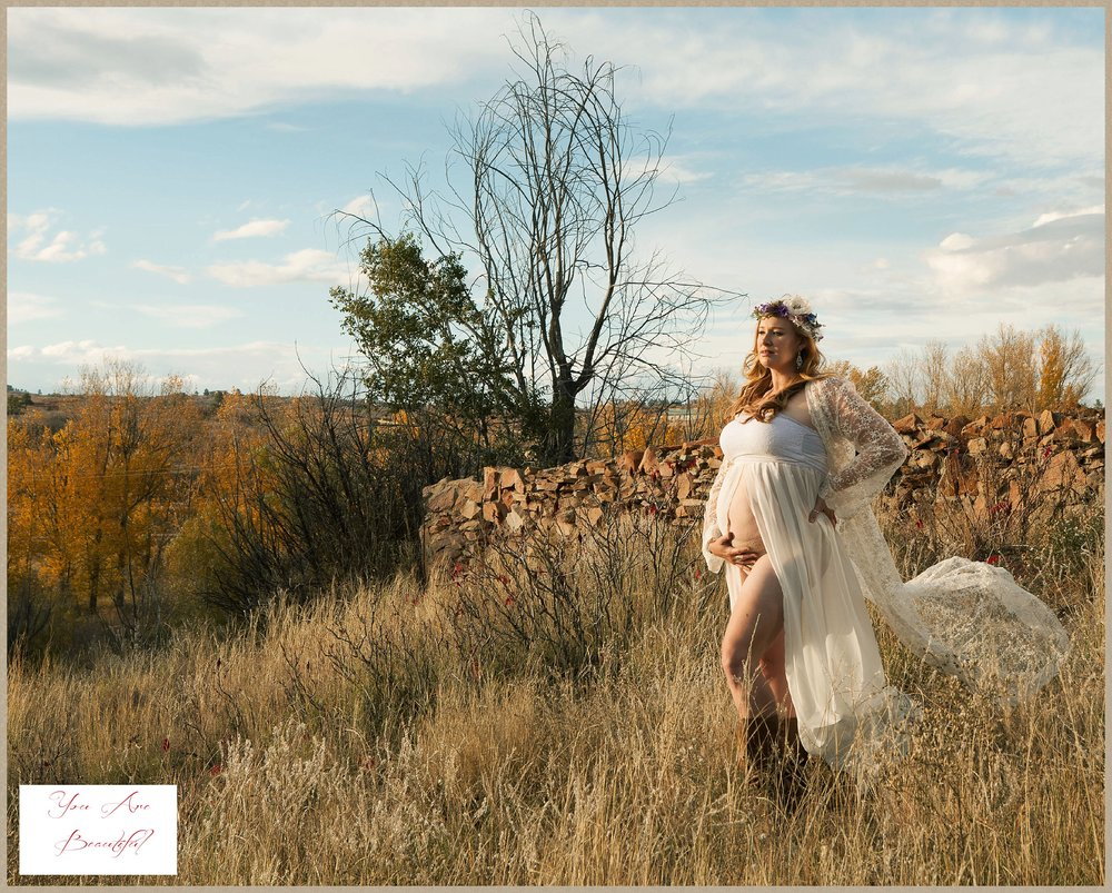 Amy's beautiful maternity glamour portraits.