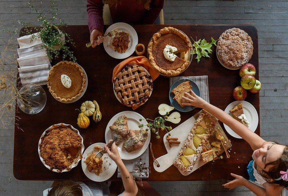Thanksgiving table (aerial view).jpg