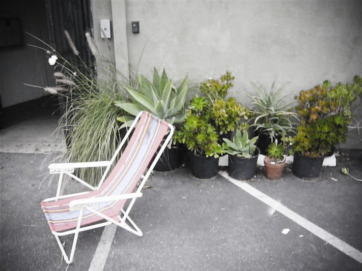 PVR 0111 chair web_905.jpg