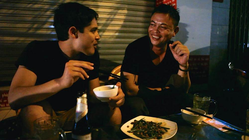TASTE Kevin Longa talking with local Vietnam