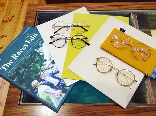 We are putting our best foot forward for the Spring Carnival 👓✨ Pictured are the new Mike Bentore pieces, our favourites for the Races #eyewear #rundlemall #adelaidearcade #springcarnival #raceday
