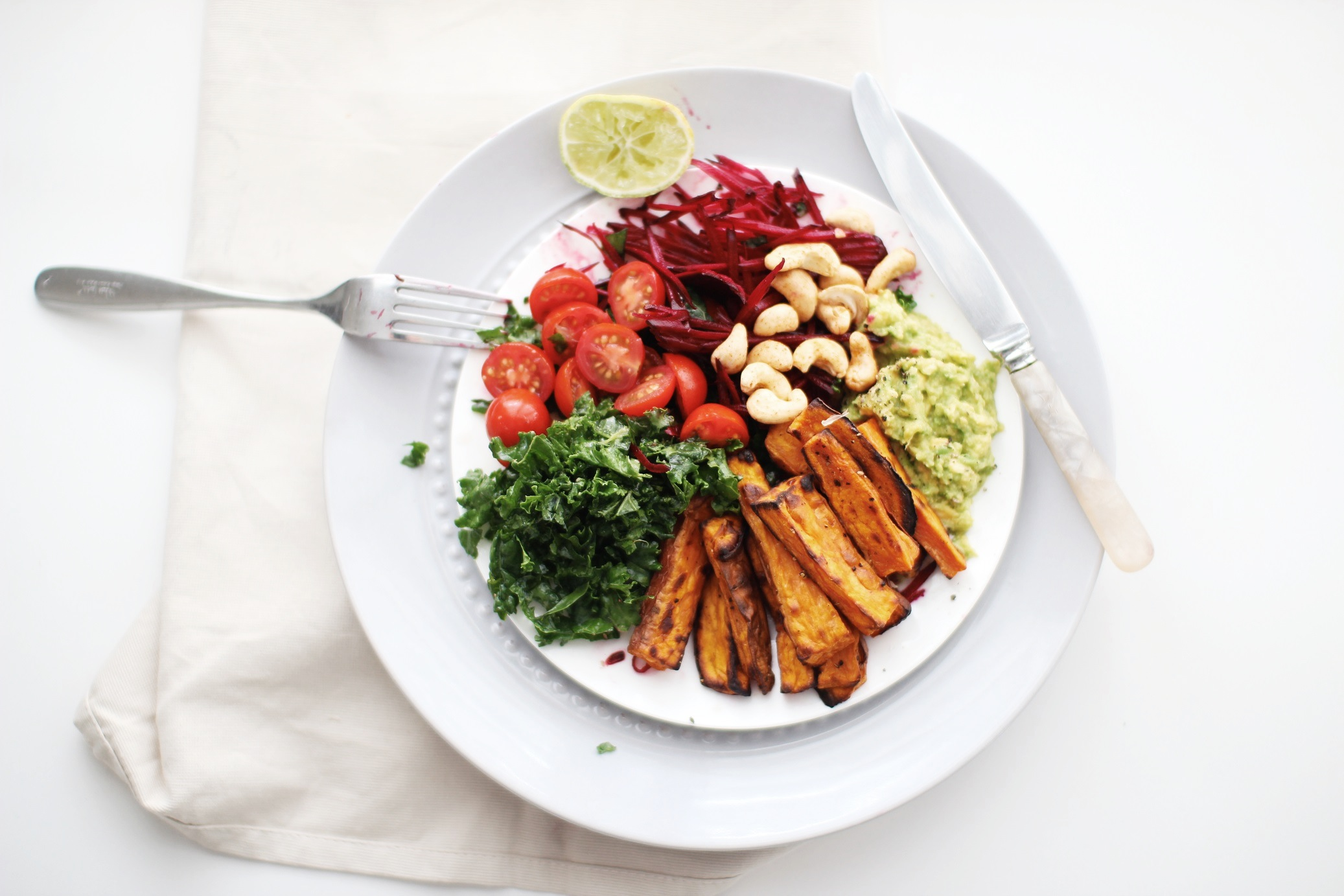 The Bountiful Lunch Plate - raw, vegan, delicious lunch by 'Not Your Typical Dietitian'