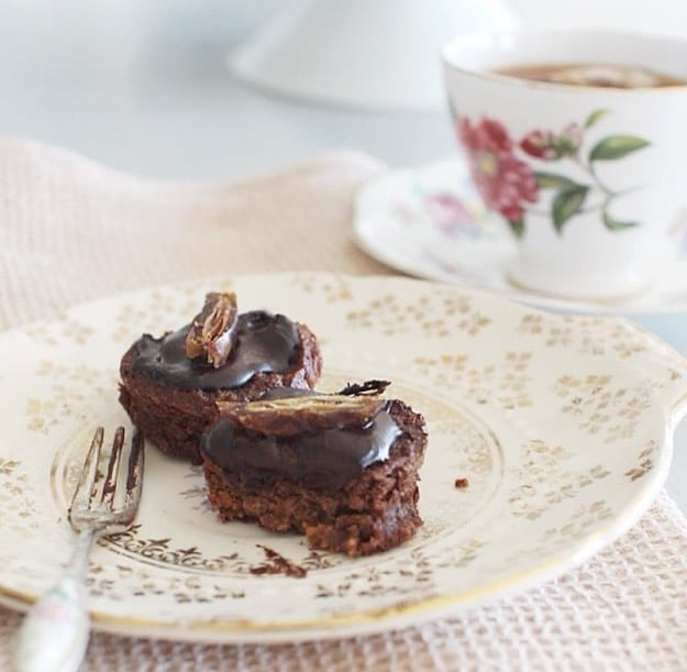Healthy Chocolate Mini Cakes