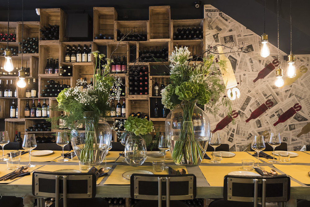 BOTTLES WINE BAR -