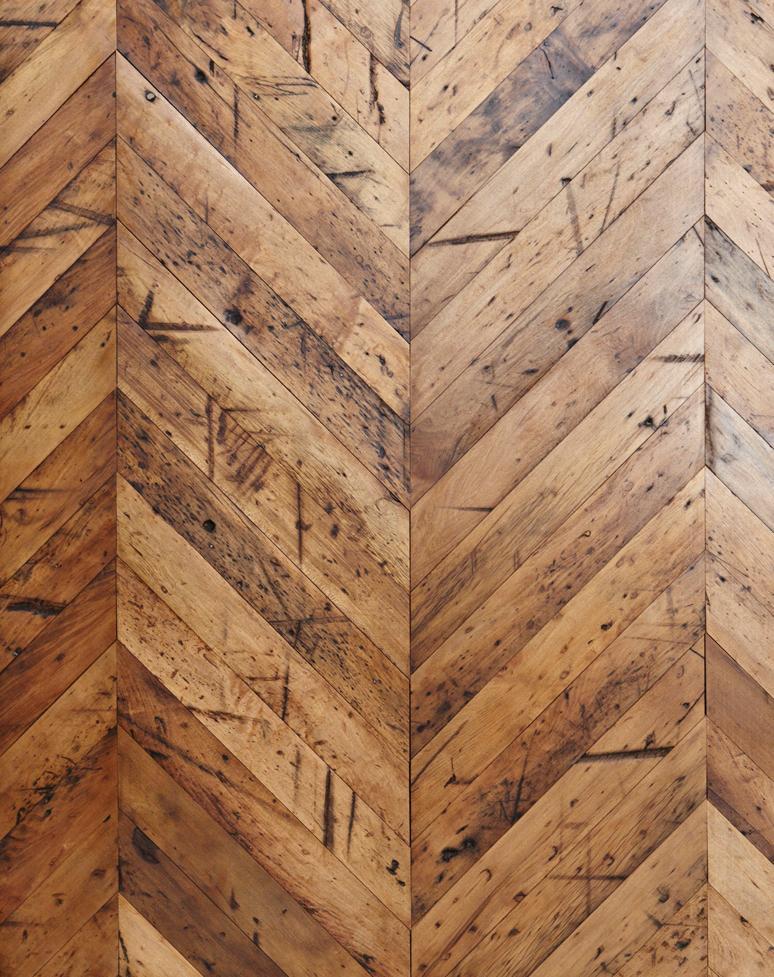 Reclaimed Travaux Maple Hardwood Flooring [New Face, Chevron]