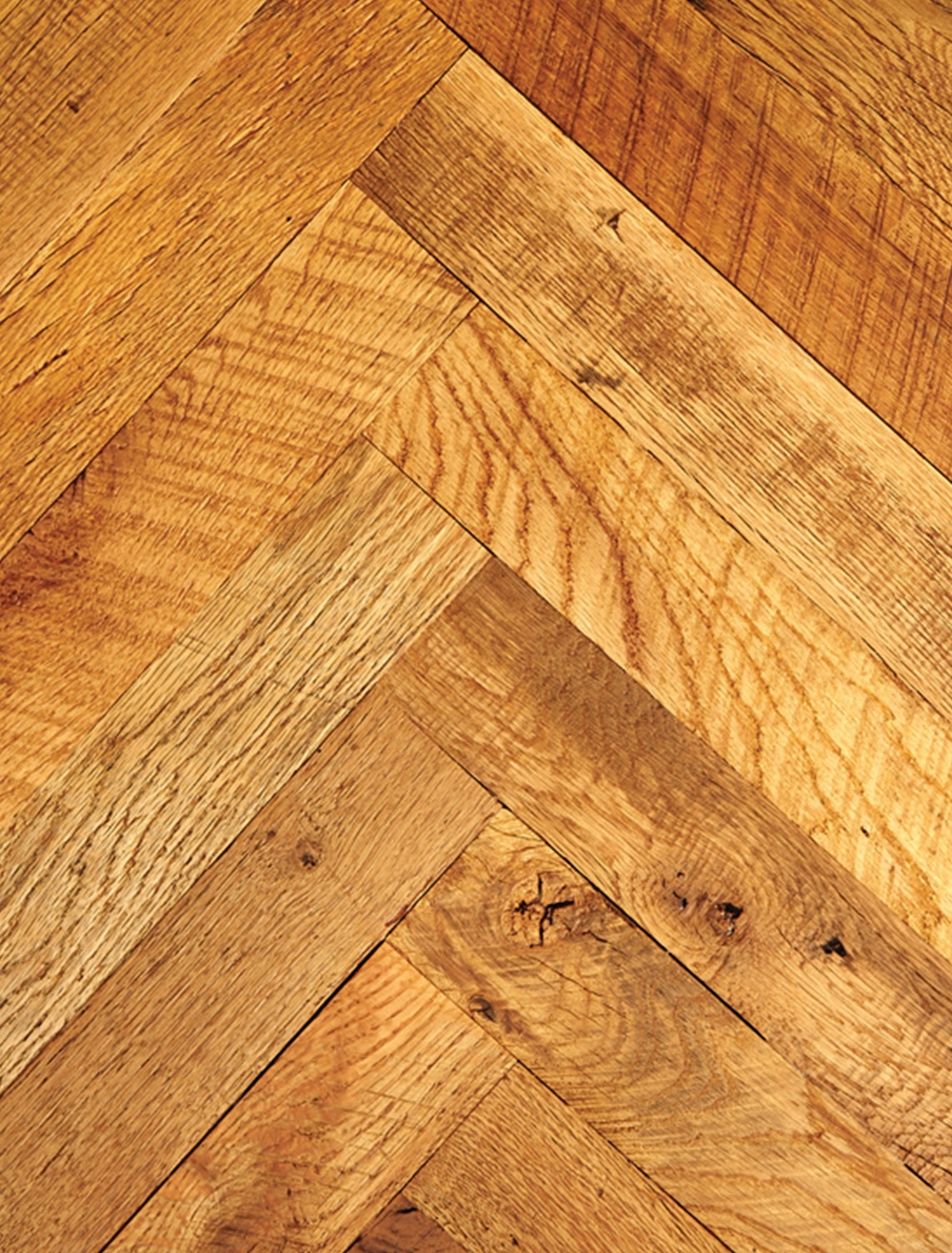 Reclaimed Mixed Oak Hardwood Flooring [Original Face, Herringbone]