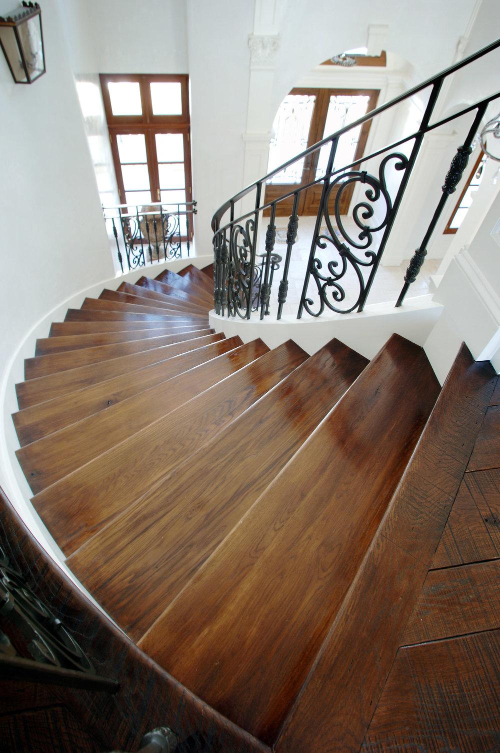 Oak Stair Treads .jpg