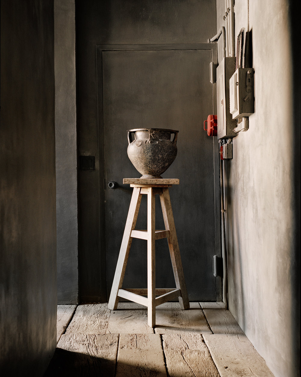 jar on stool.jpg