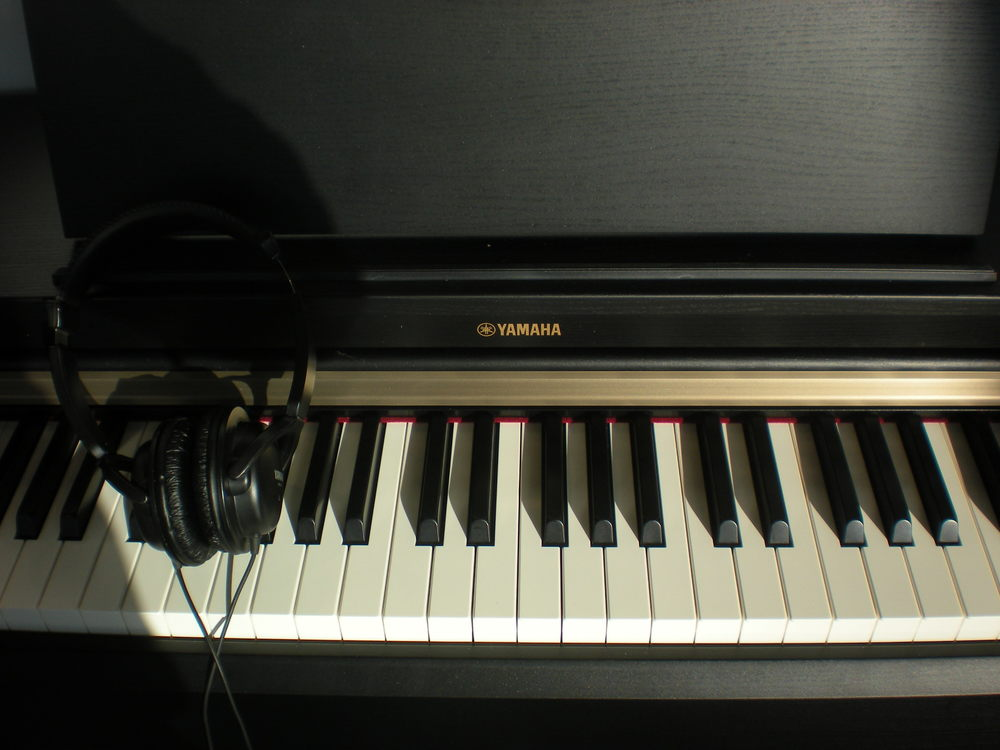 Yamaha Arius YDP-162