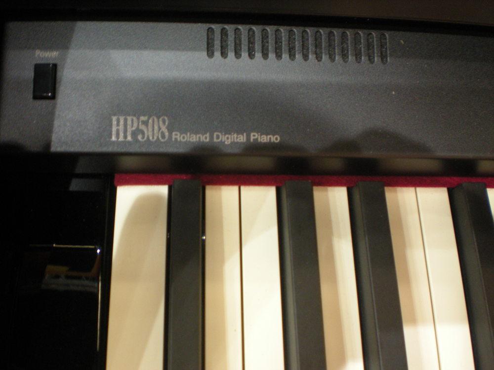 Roland HP508