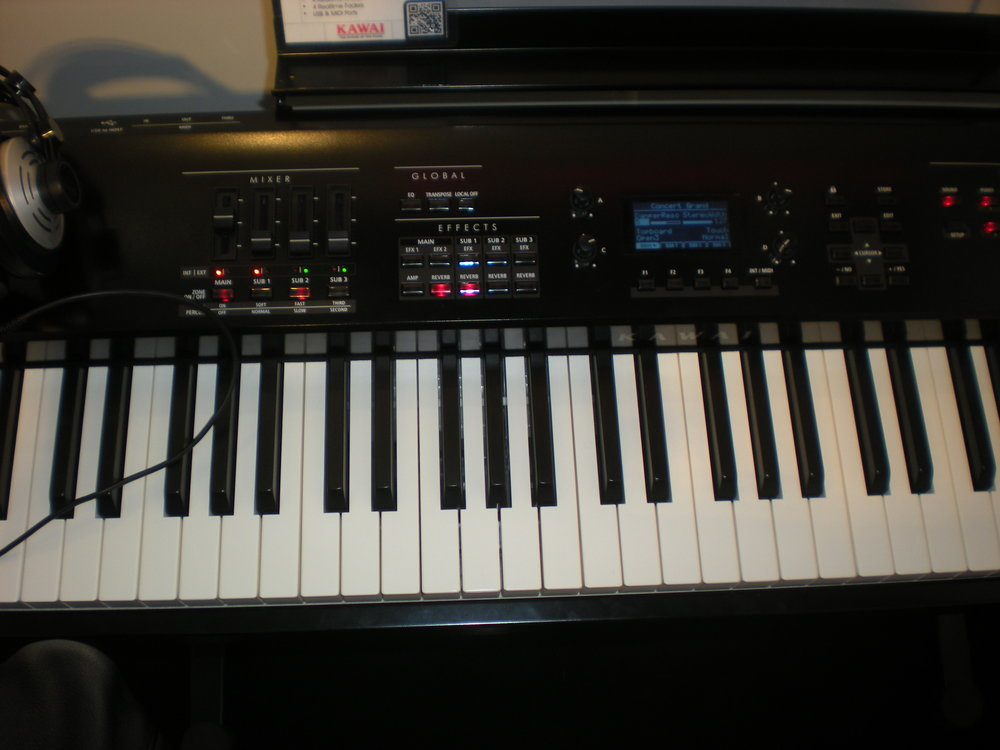 Kawai MP7 - panel
