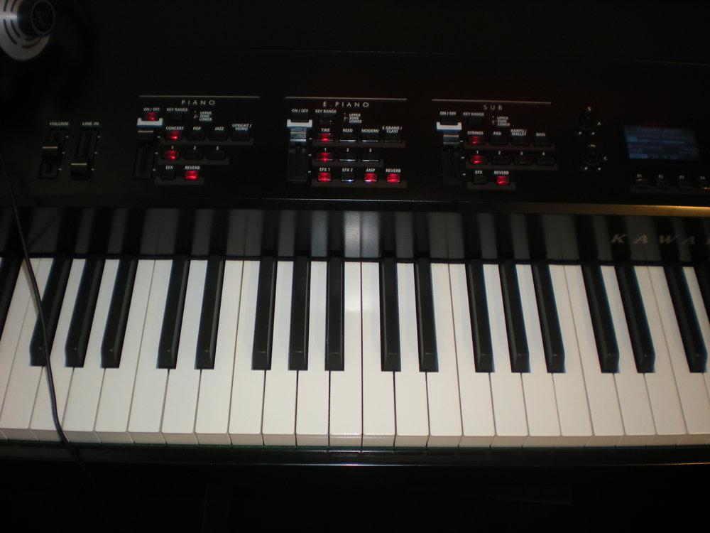 Kawai MP11 - panel