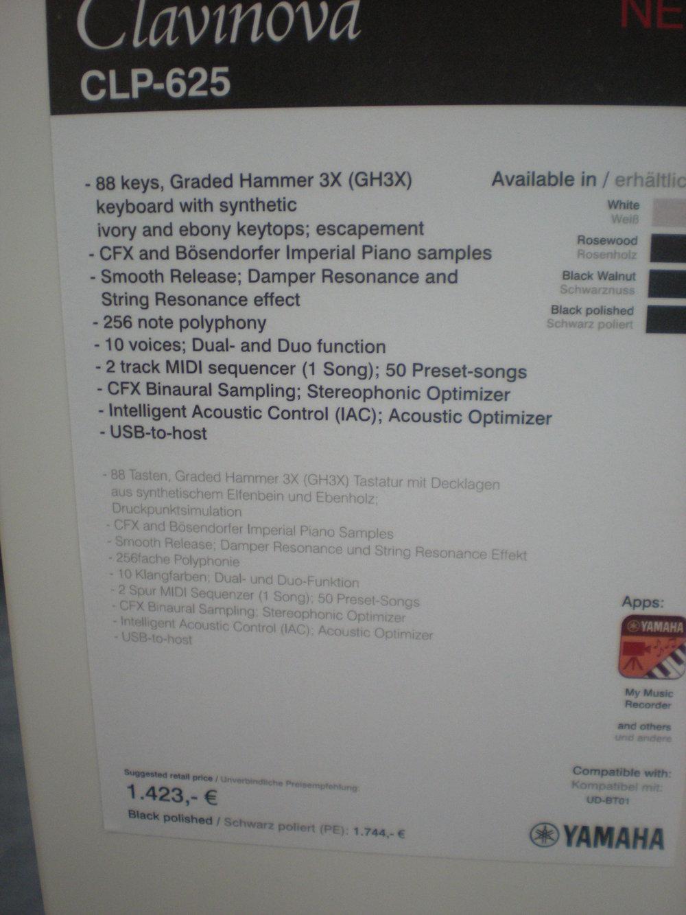 Yamaha CLP-625 - specyfikacje