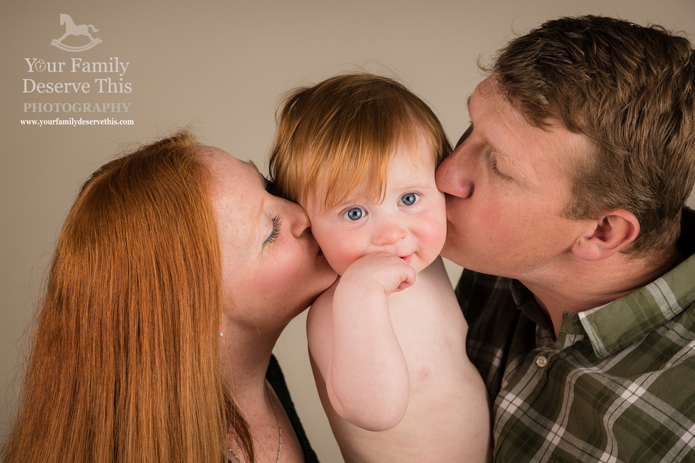 This family chose a green, blue, white and grey colour palette for their  London Family Photography Session.  We switched up backgrounds and used grey and this natural warm colour backdrop to capture a variety of family portraits for them.  First Birthday Photoshoot