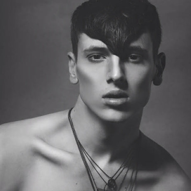 #makeupbyme #mua #contour #malemakeup #malecontouring #photoshoot #makeup #model #blackandwhite #motd