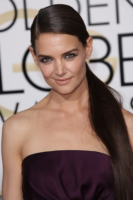 red carpetKatie-Holmes-vogue-12jan15-rex_b_426x639.jpg