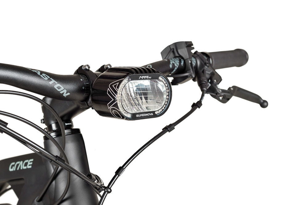 Supernova Lampe am GRACE MX II ebike | Produktfoto Peter Meyer | pm-modus.com