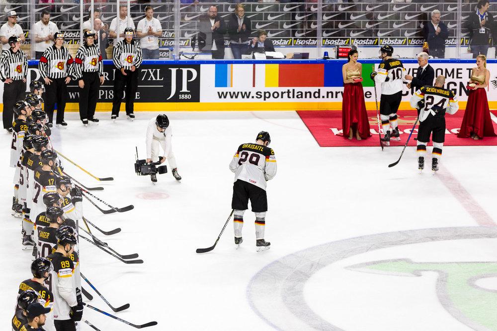 Ehrung der besten Spieler der Eishockey WM Draisaitl