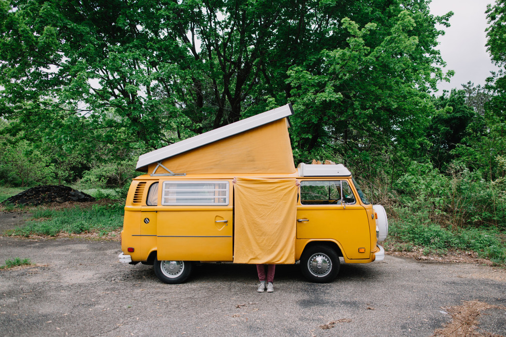 van-life: Model: 1977 VW Westfalia  Location: PA Photo: instagram.com/zachdriftwood look!