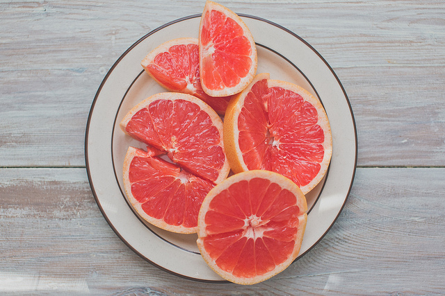 zacharyrose :      grapefruit  on Flickr.     Hey 50,000 people have posted my photo on their blogs!