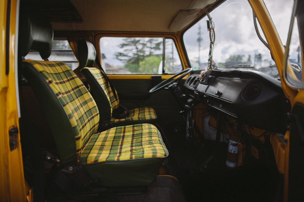 van-life :     Model: 1977 VW westfalia Location: ottawa ontario Photo: instagram.com/zachdriftwood