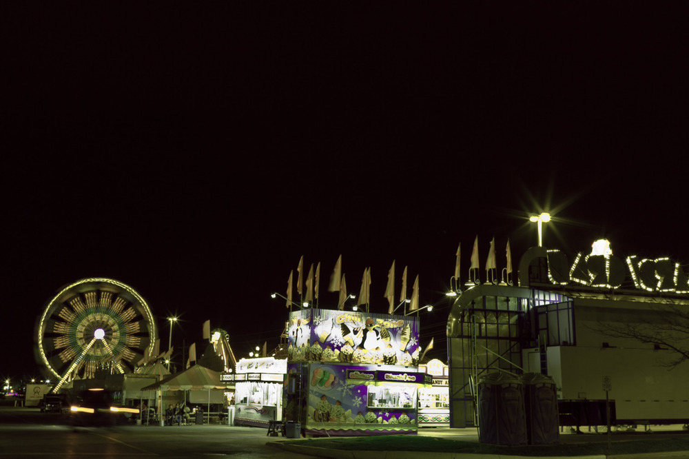 My friend Dan Caruso and I went to the Fair at the Upper Canada Mall last night, mostly shot video. maybe i will put that together soon too? -zach EOS 7D 24mm 1.4L II