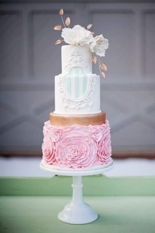 Mint Frame Pink Rosette Gold Sugar Flower Cake - Photo by Jessica Maida Photography