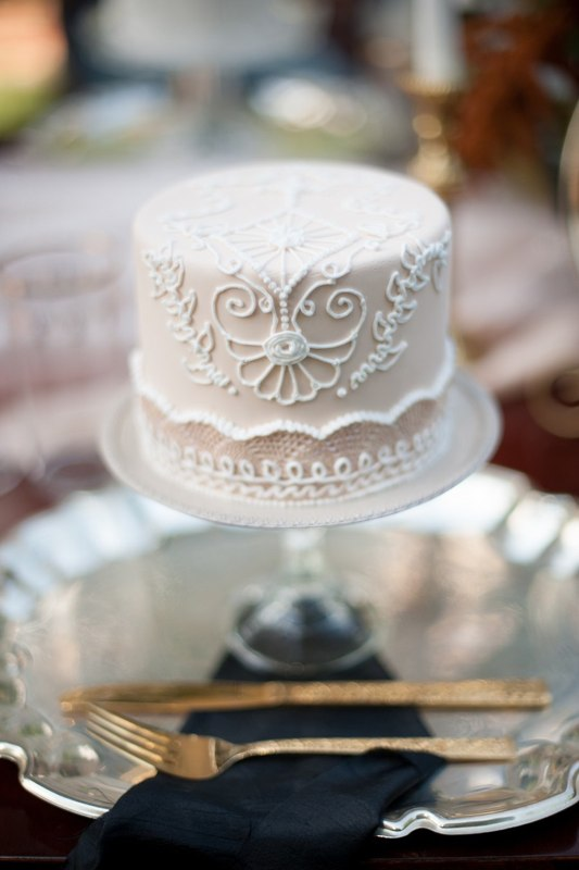 Beige White Piping Beaded Wedding Cake - Photo by Jessica Maida Photography