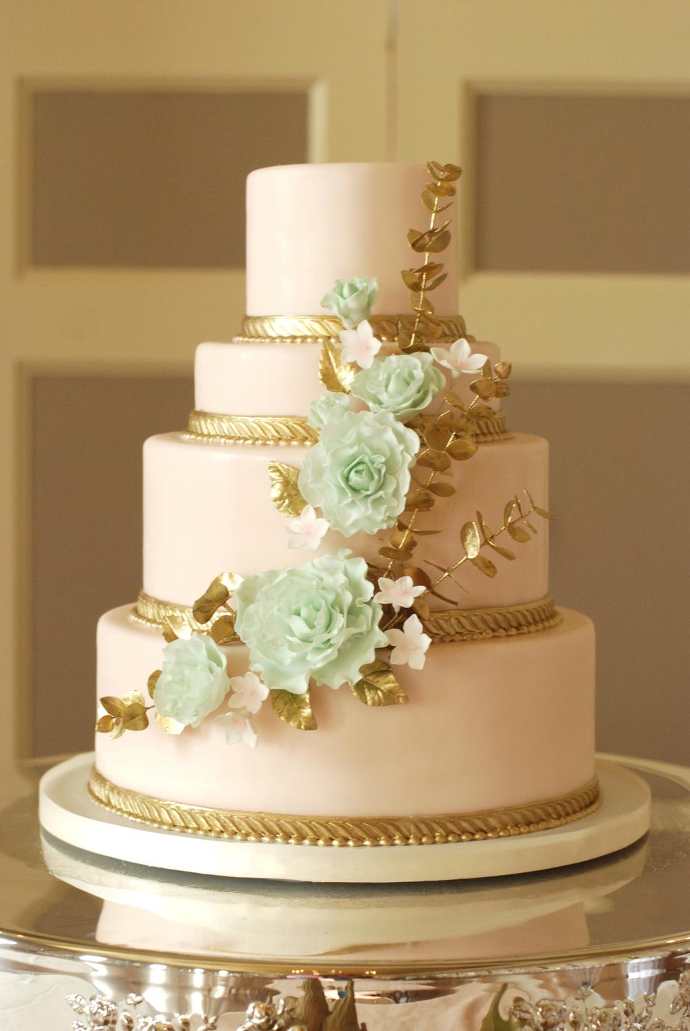pink:mint cake comm.jpg
