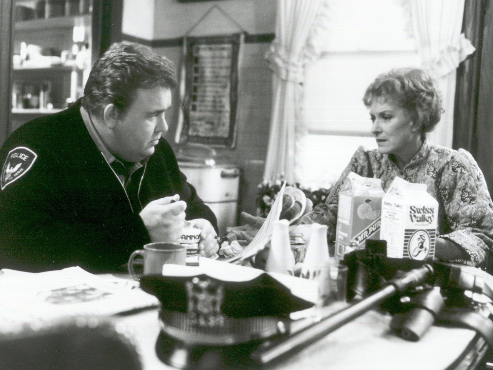 John Candy and Maureen O'Hara in Only the Lonely