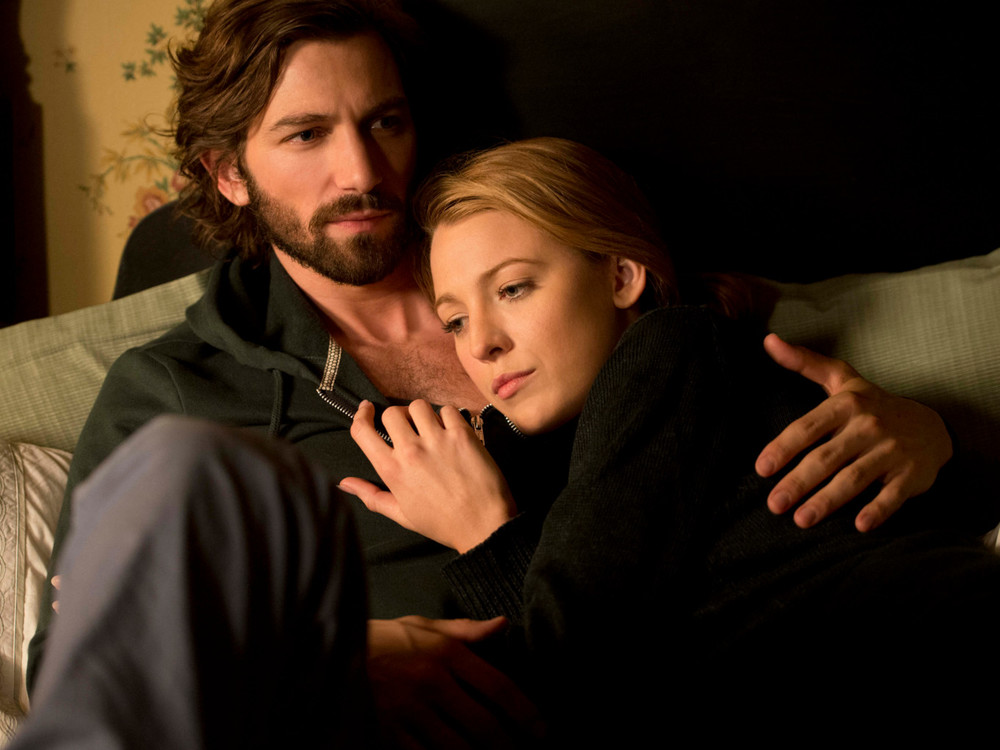 Blake Lively and Michael Huisman in The Age of Adaline