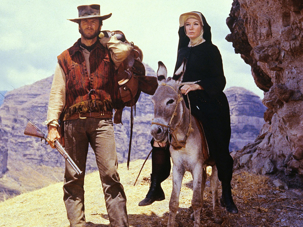 Clint Eastwood and Shirley Maclaine in Two Mules for Sister Sara