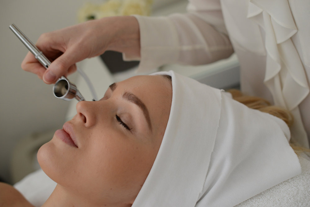 Facial treatment in London