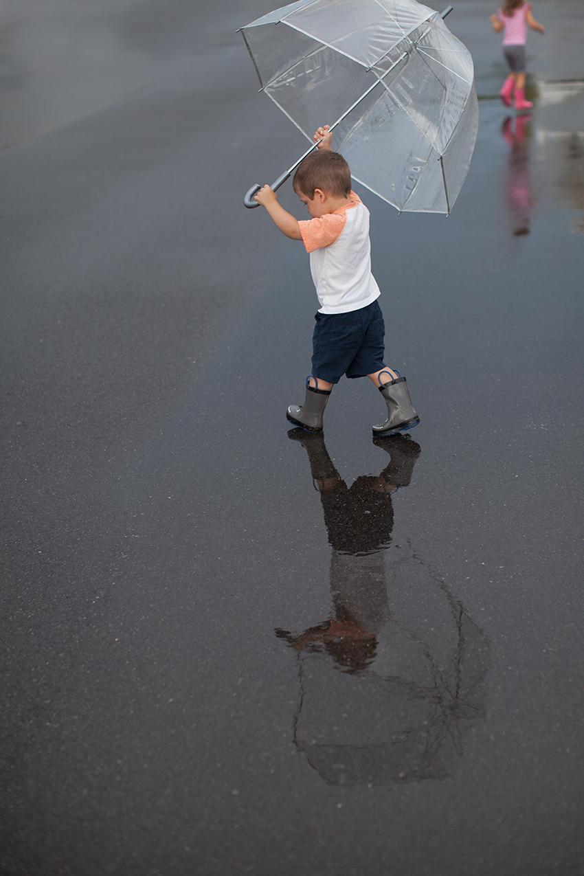 Anna and David rain-6240.jpg