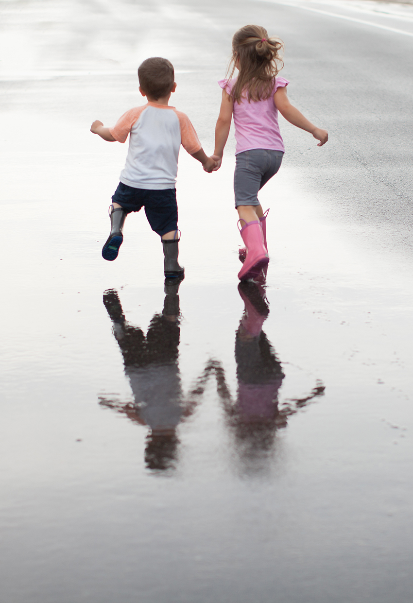 Anna and David rain-6255.jpg