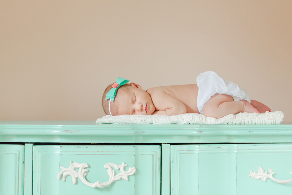 Lillian Jones_Newborn Session-29.jpg