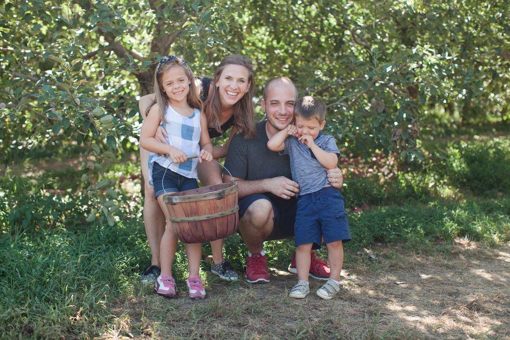 apple picking-8204.jpg