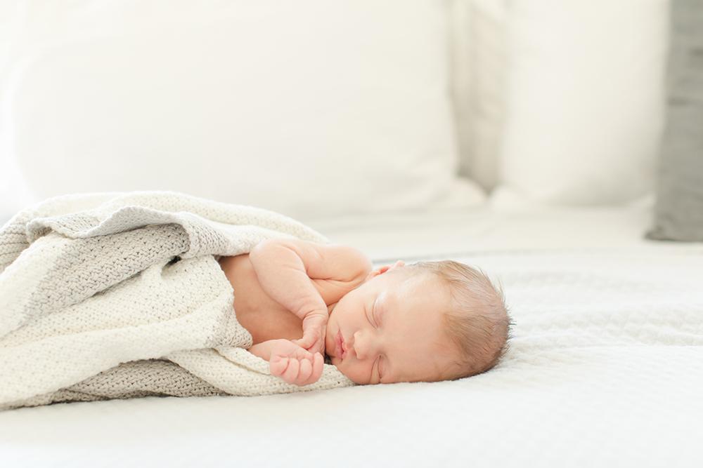 Charlotte Newborn Photographer - Phoebe and Matilda