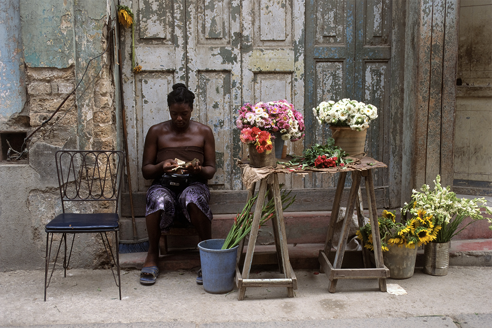 The Flower Vendor , Havana, Cuba, 1999  Archival pigment print.   13 3/8 x 20 inches