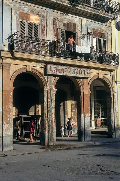 Casa Maravilla , Havana, Cuba,1999  Archival pigment print.  20 x 13 3/8 inches