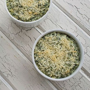 protein-packed spinach & artichoke dip