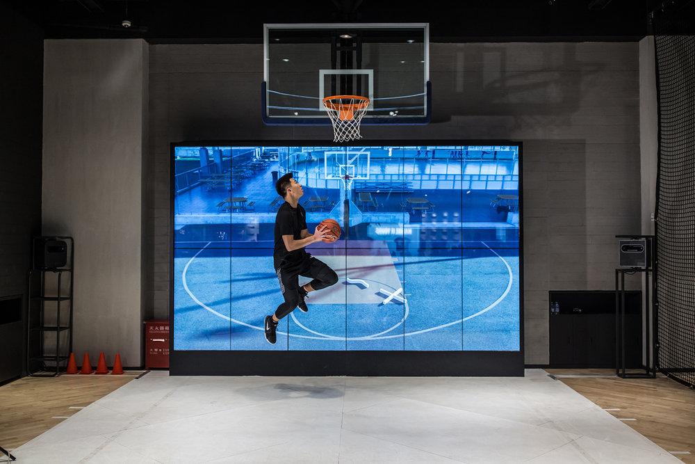 nike-basketball-store-beijing-07.jpg