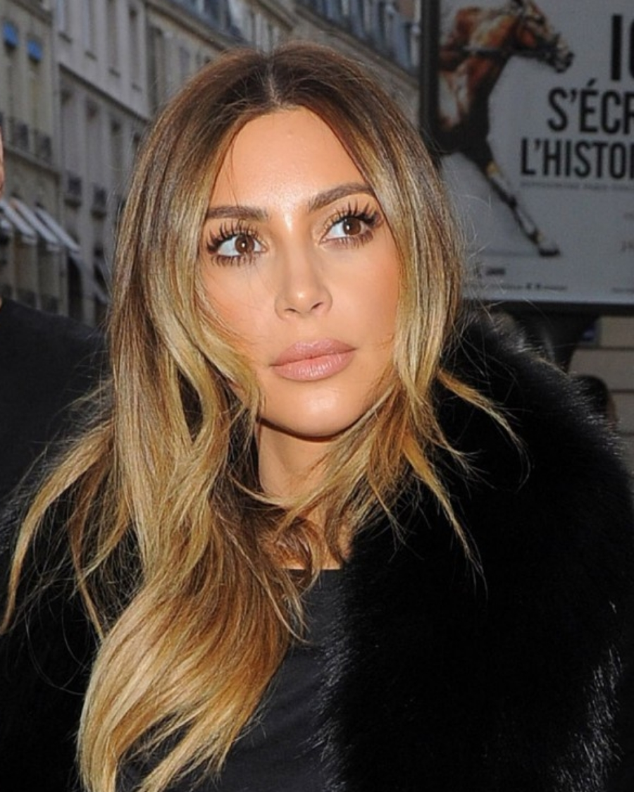 kim-kardashian-o-a-in-paris-shopping-january-2014-_1-632x793.jpg